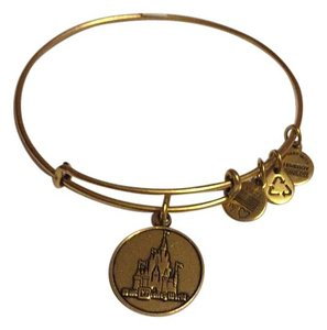 Alex and Ani Nwt Alex And Ani Disney Cinderella's Castle Gold Brass Bangle Bracelet