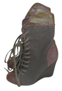 COCONUT Military Green Boots