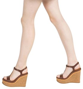 Zara brown Wedges