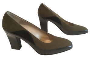 Salvatore Ferragamo Lining Brown suede and black patent leathers Italian Pumps
