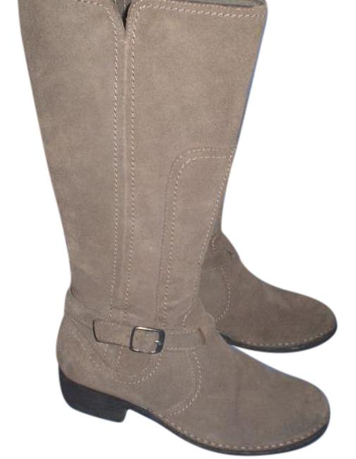Clarks Beige 34930 Riding M Boots/Booties Size US 8 Regular (M, B) Clarks Beige 34930 Riding M Boots/Booties Size US 8 Regular (M, B) Image 1