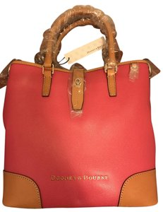 Dooney & Bourke Tote in Fuchsia
