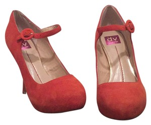 Dolce Vita Burnt orange Platforms