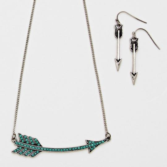 Other Boho Tribal Turquoise Blue/Green Accent Rustic Silver Chain Arrow Pendant Necklace and Earring Set