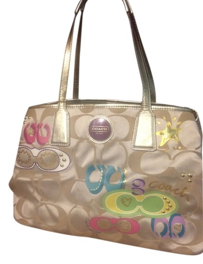 Coach Tote in Light khaki multicolor