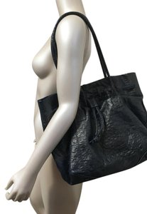 Nancy Gonzalez Ostrich Xl Metallic Leather Ostrich Skin Tote in Metallic Navy