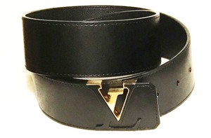 Louis Vuitton New Louis Vuitton Belt With Black and Gold Buckle