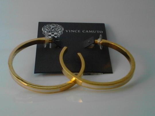 Vince Camuto Vince Camuto Basic Gold Tone Hoop Earrings