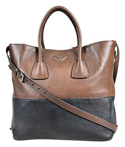 Prada Vitello Daino Tote in Brown