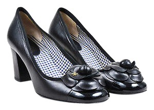 Chanel Leather Camellia Black Pumps