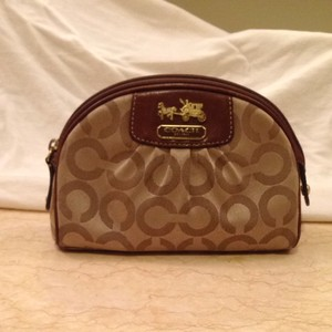 Coach Cosmetic Bag Great To Keep Your Purse Organized