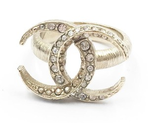 Chanel Chanel Gold CC Moon Ring