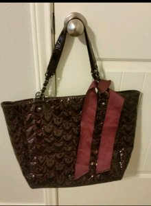 Betsey Johnson Tote in Burgundy