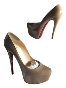 Christian Louboutin Daffodile Stilleto Nude Pumps