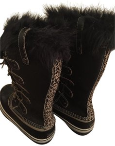 Sorel Leopard Stripe Black Boots