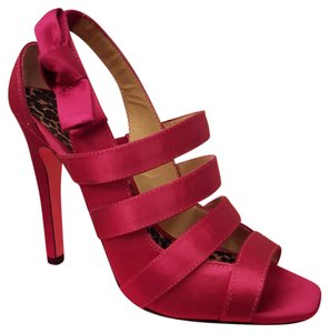 Betsey Johnson Fuschia Sandals