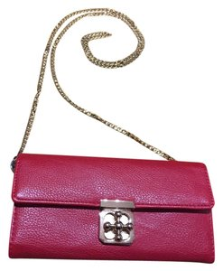 Forever 21 Clover Turn Lock Cross Body Bag