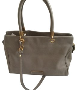 Marc Jacobs Tote in tan