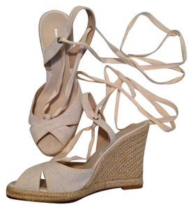 Banana Republic Espadrille Sandal Ankle Wrap ivory Wedges