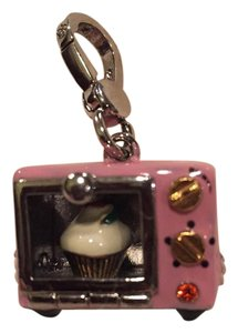 Juicy Couture Juicy couture oven charm.