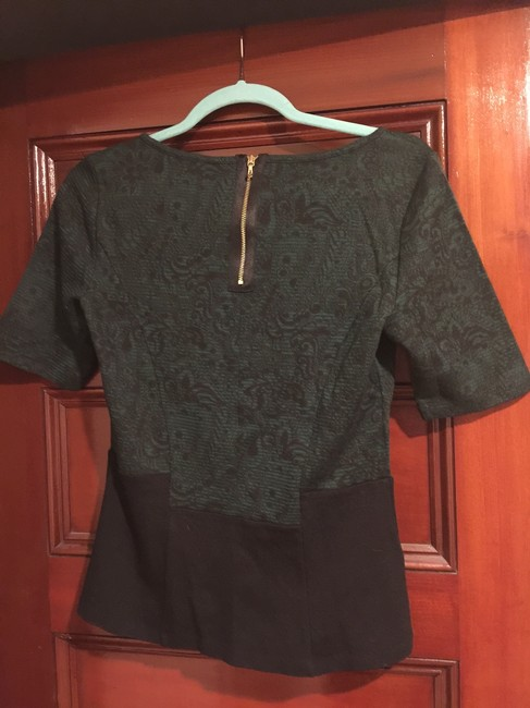 Ann Taylor Top Green and black