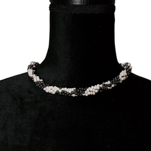 Other snake print pearl chocker necklace