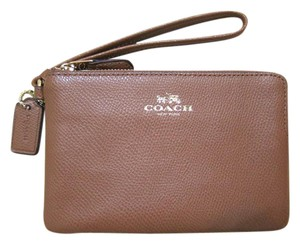 Coach Wristlet in Saddle / Gold