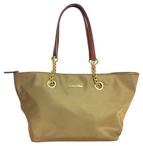 Calvin Klein Tote in green