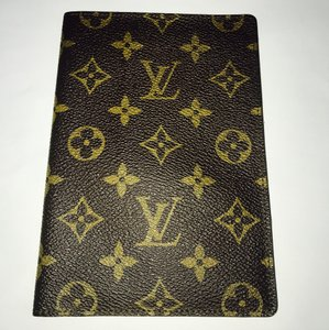 Louis Vuitton Authentic Louis Vuitton Vintage Passport Holder