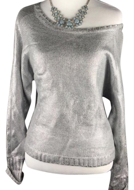 Item - Shimmer Loose Fitting Silver Sweater