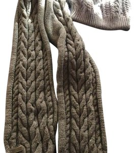 Bradley Mischka loose fitting hat with scarf