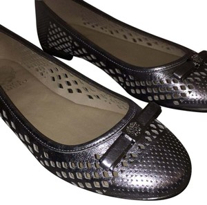 Vince Camuto Gray Flats