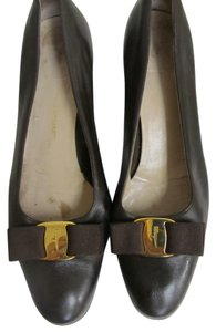Salvatore Ferragamo Dark Leather Vara Low Heels Brown Pumps