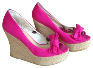 Charlotte Russe pink Wedges