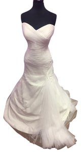 Essense of Australia Ivory Tulle Gown Stella York 6047 Wedding Dress Size 14 (L)
