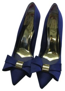 Ted Baker Navy Pumps