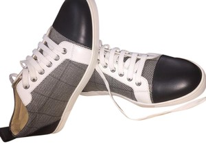 Christian Louboutin Sneaker Gondolier Black and White Houndstooth Flats