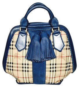 Burberry Prorsum #burberry #burberryprorsum #leatherbag #largebag #runway Tote in Blue-multi color