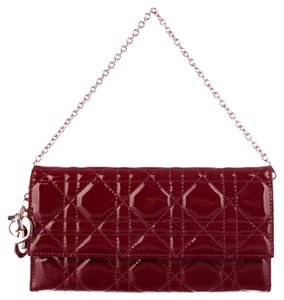 Dior CHRISTIAN DIOR Patent Cannage Rendez-vous Chain Wallet in Red
