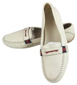 Gucci Leather Loafer Detail Monogram Off White Flats
