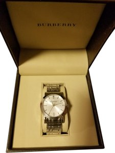 Burberry Brand new Burberry Silver Heritage Watch BU1350