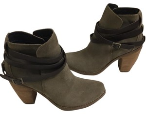 DV by Dolce Vita Sage Boots
