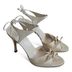 Gucci Heels Open Toe Ankle Strap Leather Beige Sandals