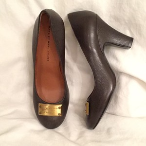 Marc by Marc Jacobs New Nwot Leather Dark Gray Pumps