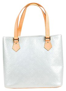 Louis Vuitton Monogram Vernis Leather Tan Trim Houston Tote in Silver