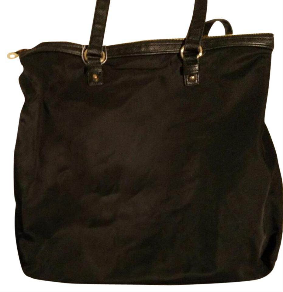 juicy couture unknown black tote bag on sale 79 off totes on sale. Black Bedroom Furniture Sets. Home Design Ideas