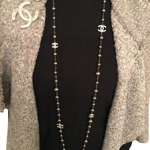 Chanel CHANEL 2016 NWT Punk Tahitian Pearl CC Crystal Necklace