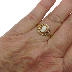 Other 10k yellow gold, cameo, filigree, fashion ring
