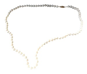 Skatell's Pearl and yellow Gold necklace