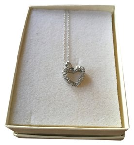 Kay Jewelers Diamond and white Gold heart necklace
